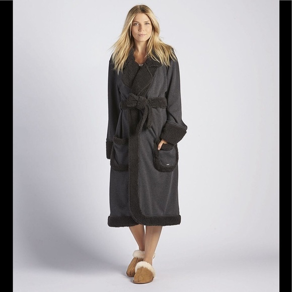 UGG DUFFIELD DELUXE PLUSH LONG LUXURY SOFT ROBE LG.  M 5b84ab62cdc7f7dad730755b 94c33b086